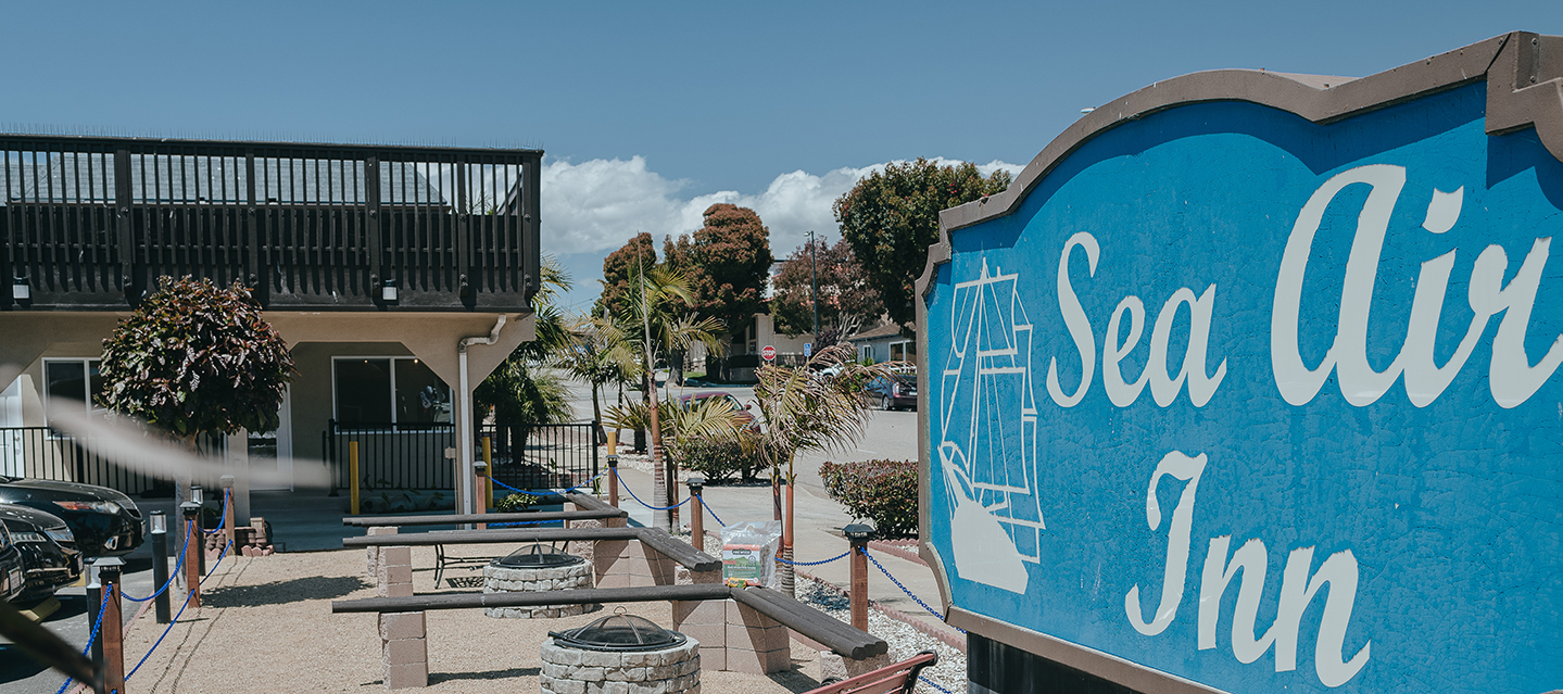 RELAX IN OUR WELL-APPOINTED GUEST ROOMS AND SUITES